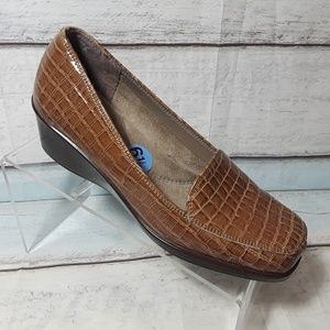 Aerosoles Women's Brown Low Wedge Shoes Size 6.5 M